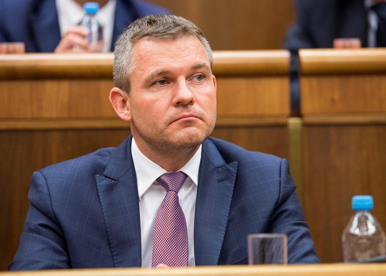 Na snímke podpredseda vlády SR pre investície a informatizáciu Peter Pellegrini (Smer-SD)