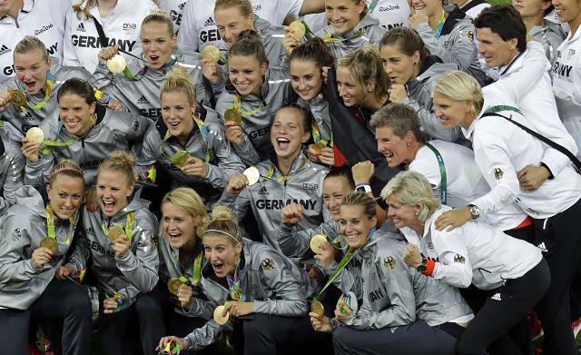 Nemecké futbalistky sa stali celkovými víťazkami olympijského turnaja žien v Riu de Janeiro 19. augusta 2016