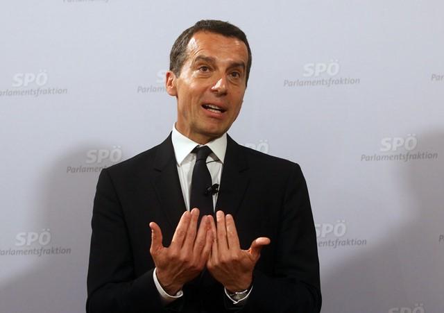 Na snímke dezignovaný nový rakúsky kancelár Christian Kern