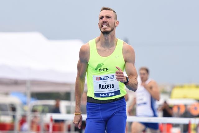 Na snímke slovenský bežec cez prekážky Martin Kučera