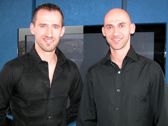 Na archívnej snímke bratia Matyinkóvci Juraj   (vľavo) a Laco Matyinkó