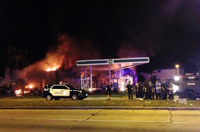 Po nepokojoch v Milwaukee aktivovali Národnú gardu