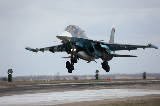 Ruský stíhací bombardér SU-34.  Foto:Olga Balashova