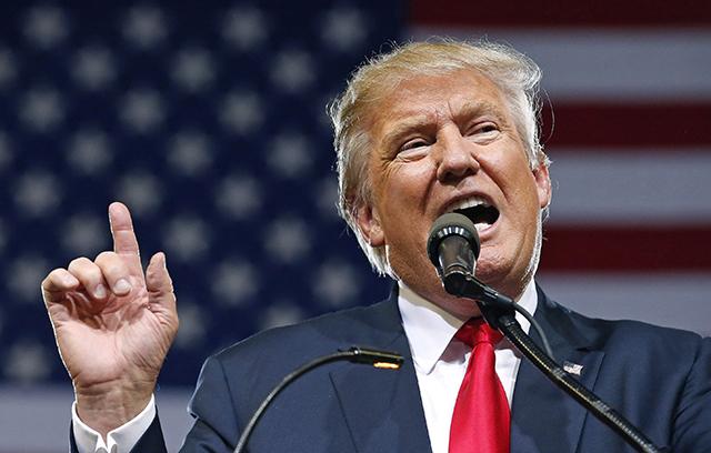 Na snímke pravdepodobný prezidentský kandidát Republikánskej strany Donald Trump