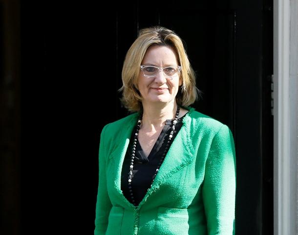 Na snímke britská ministerka vnútra Amber Ruddová