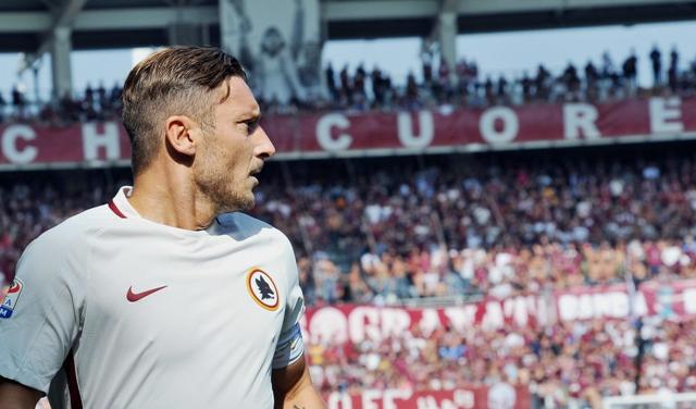 Francesco Totti z AS Rím v zápase 6. kola talianskej Serie A proti Fc Turín