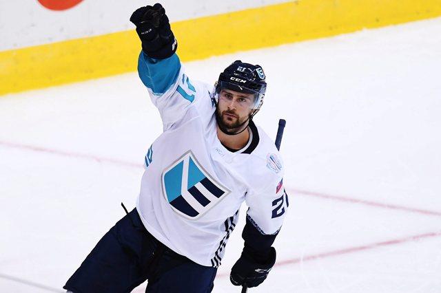 Na snímke slovenský útočník Tomáš Tatar (Tím Európa) oslavuje svoj gól v druhej tretine prvého zápasu finále Svetového pohára v hokeji Kanada - Tím Európa