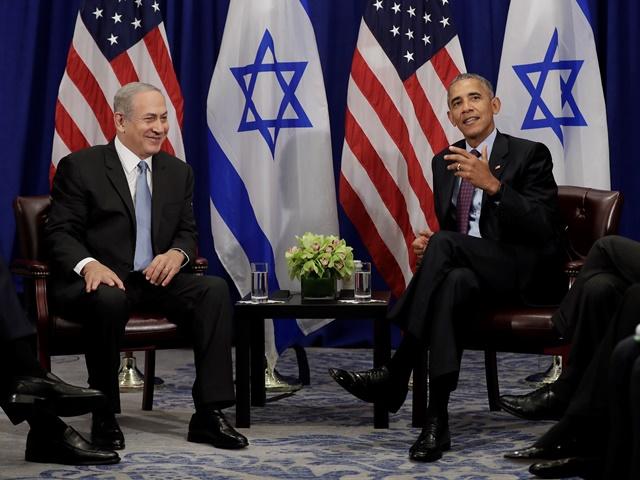 Americký prezident Barack Obama (vpravo) a izraelský premiér Benjamin Netanyahu