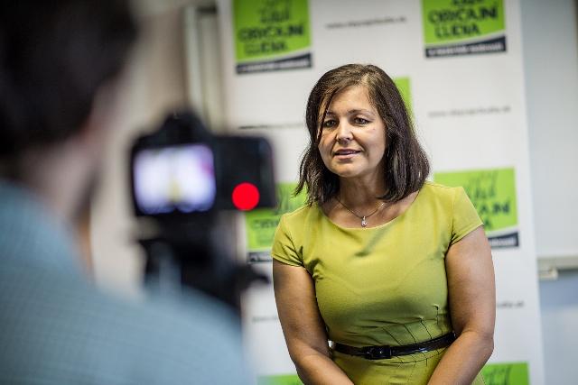 Na snímke poslankyňa Erika Jurinová (OĽANO-NOVA), predsedníčka výboru NR SR pre ľudské práva a národnostné menšiny Foto:HSP