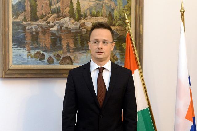 Na snímke  maďarský minister zahraničného obchodu a zahraničných vecí Péter Szijjártó