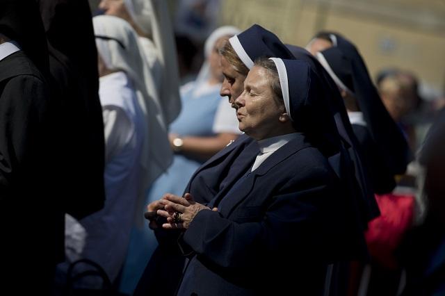 Na snímke veriaci na svätej omši, ktorú celebroval košický arcibiskup Bernard Bober