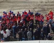 Poklepaním základného kameňa začali s výstavbou Národného štadióna