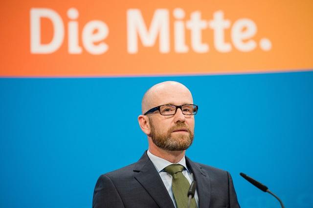 Na snímke generálny tajomník Kresťanskodemokratickej únie (CDU) kancelárky Angely Merkelovej - Peter Tauber