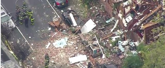 Na snímke z videa miesto výbuchu