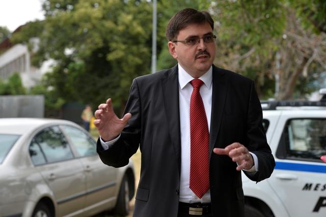 Na snímke primátor Partizánskeho Jozef Božik