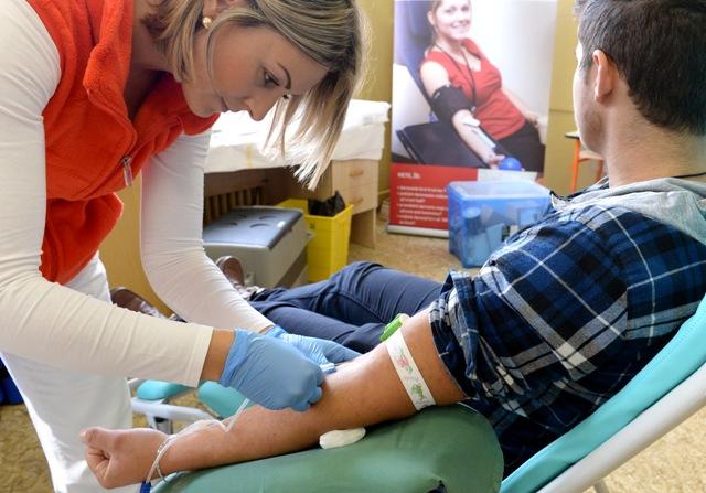 Snímka z minulého ročníka Študentskej kvapky krvi