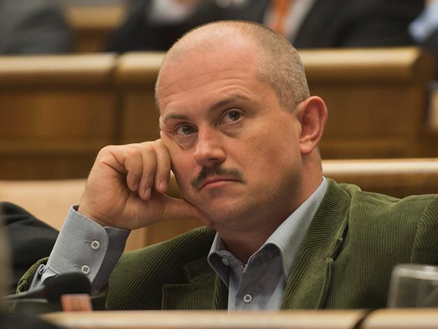 Na snímke Marián Kotleba predseda strany ĽSNS