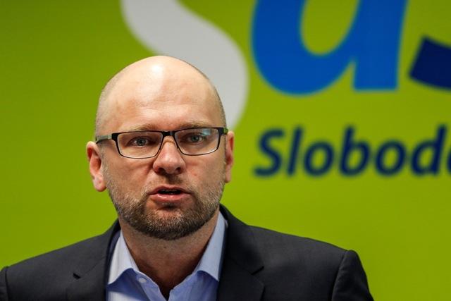 Na snímke zľava predseda SaS Richard Sulík