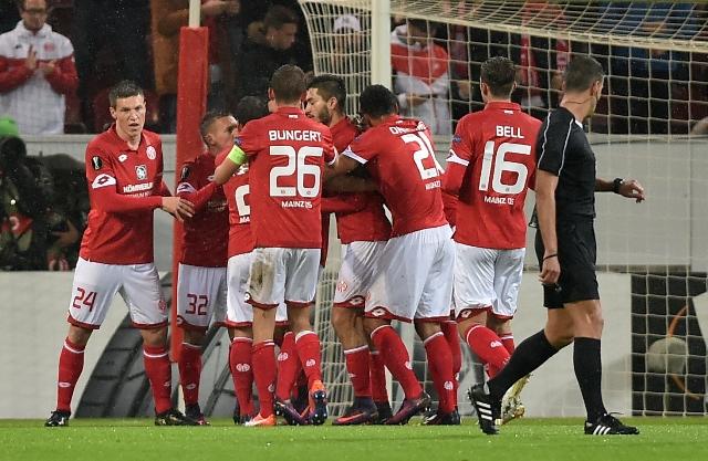Na snímke hráči Mainzu