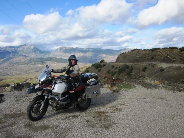 Motorkár Milan Benc na svoje motorke precestoval polovicu sveta