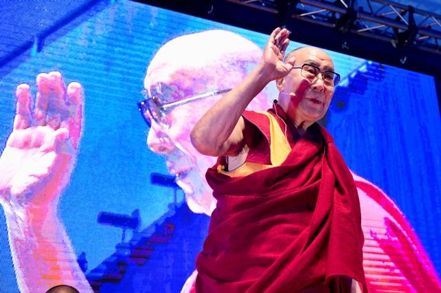 Na snímke Jeho Svätosť XIV. dalajláma