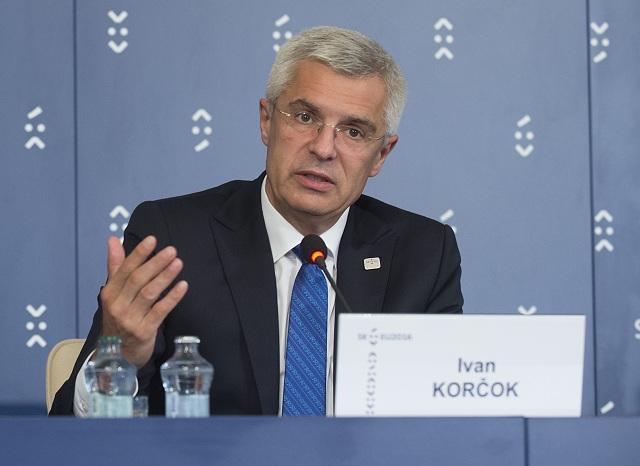 Na archívnej snímke splnomocnenec vlády pre slovenské predsedníctvo v Rade EÚ Ivan Korčok