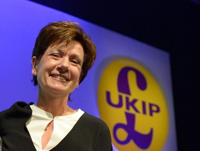 Líderka britskej strany UKIP Diane Jamesová hodlá odstúpiť z funkcie