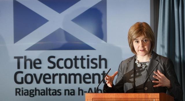 Na snímke škótska premiérka Nicola Sturgeonová