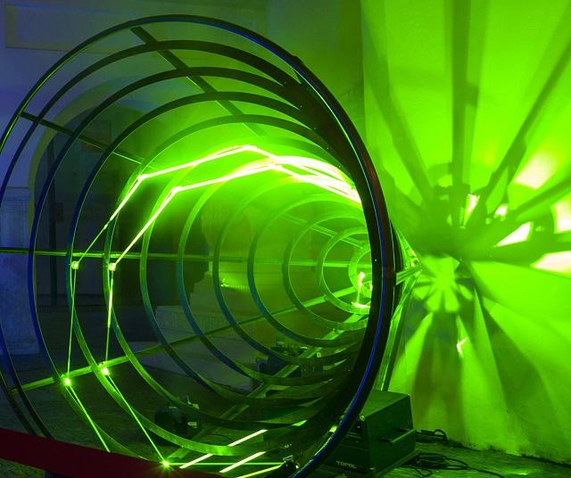 Ruskí fyzici zistili, ako je možné premeniť svetlo na antihmotu