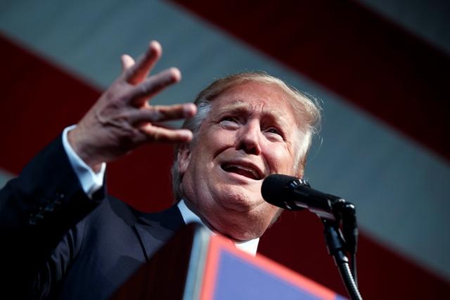 Na snímke americký republikánsky prezidentský kandidát Donald Trump