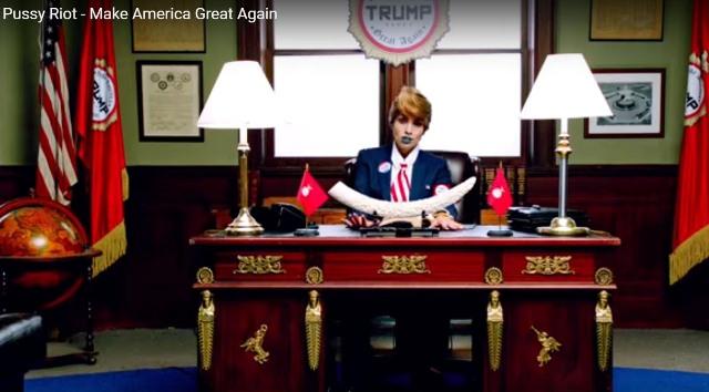Snímka z klipu pesničky Make America Great Again