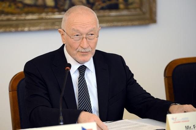 Na snímke predseda Zahraničného výboru Národnej rady SR František Šebej (Most-Híd)