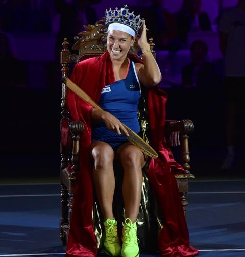 Na snímke Dominika Cibulková počas slávnostného korunovania na tenisovej exhibícii Tennis Champions