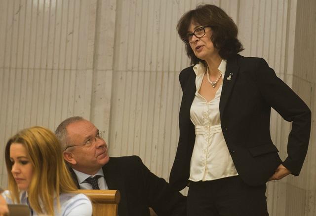 Na snímke vpravo ministerka spravodlivosti SR Lucia Žitňanská