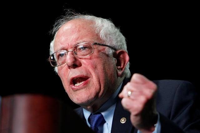Na snímke Bernie Sanders