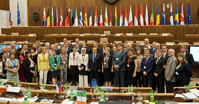 Z konferencie predsedov parlamentných výborov pre záležitosti Únie parlamentov členských štátov Európskej únie (COSAC). Bratislava, 11. júla 2016.