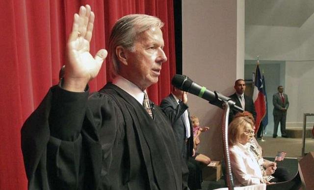 John Primomo, sudca federálneho súdu amerického štátu Texas