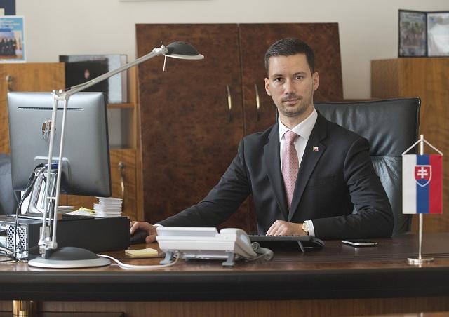Na snímke štátny tajomník Ministerstva zahraničných vecí a európskych záležitostí Slovenskej republiky Lukáš Parízek