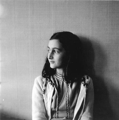Na archívnej snímke KK8 Amsterdam - Židovské dievčatko Anne Franková