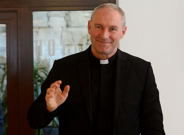 Na snímke odvolaný trnavský arcibiskup Róbert Bezák