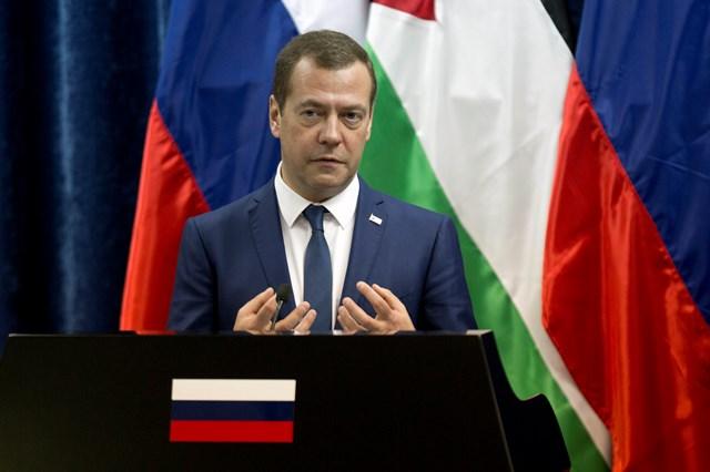 Na snímke ruský premiér Dmitry Medvedev