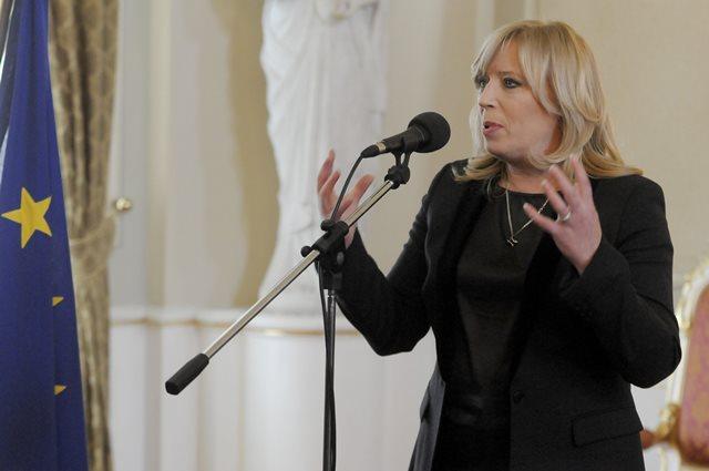 Na snímke Iveta Radičová