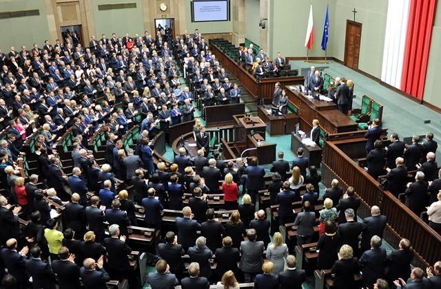 Na snímke poslanci poľského parlamentu
