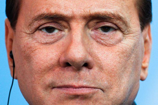 Na snímke Silvio Berlusconi