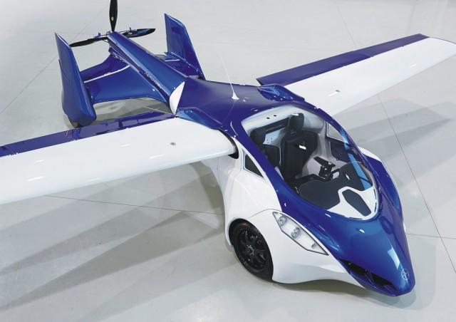 Na snímke AeroMobil