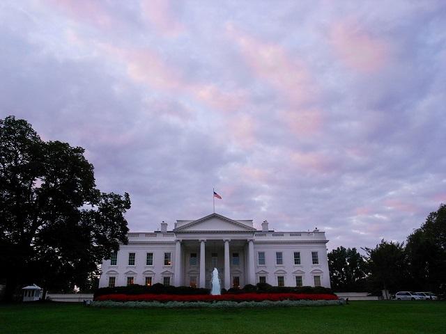 Pohľad na Biely dom v Washingtone