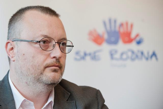 Na snímke opozičný poslanec Milan Krajniak (Sme rodina)