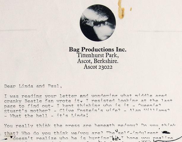 Na snímke aukčného domu RR Auction v Bostone je vrchná časť prvej strany dvojstranného nahnevaného listu, ktorý adresoval John Lennon Paulovi a Linde McCartneyovcom,  krátko po rozpade britskej skupiny The Beatles.