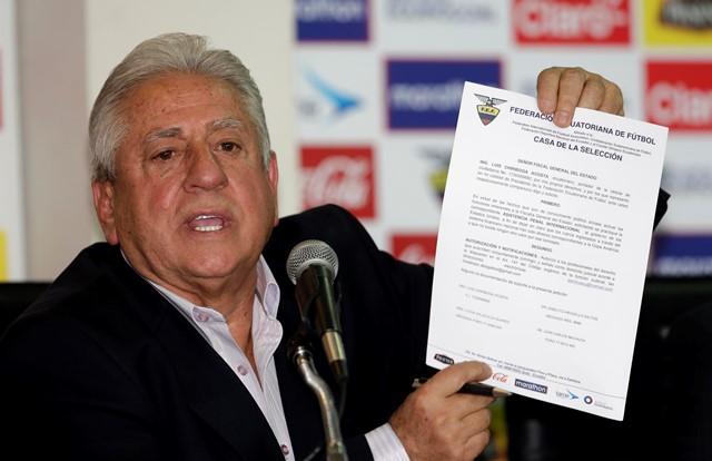 Na snímke prezident Ekvádorskej futbalovej federácie Luis Chiriboga
