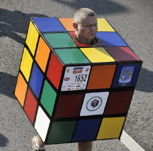 Rubikova kocka aj takto nezvyčajne